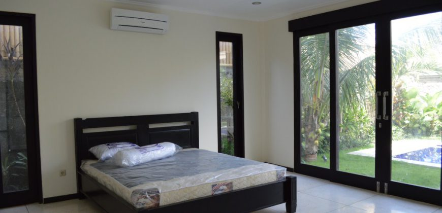 Bali Long Term Rental Villa Alana in Kerobokan