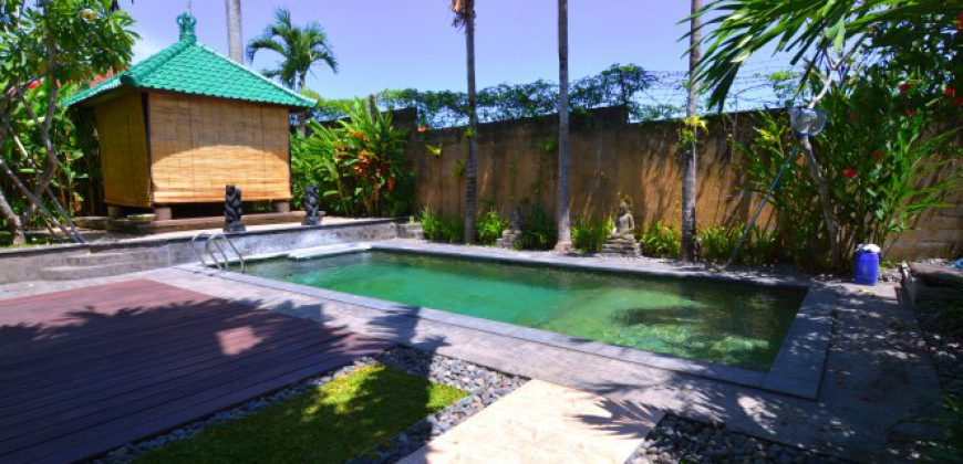 Bali Long Term Rental Villa Charlee in Kerobokan