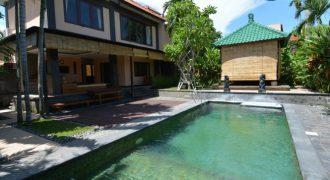 3-bedroom Villa Charlee in Kerobokan