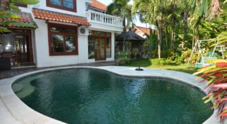 Bali Long Term Rental Villa Clementine in Petitenget