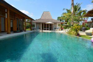 Long Term Rental Villa Cora in Berawa, Yearly Rental Villa