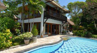 4-bedroom Villa Demi in Sanur