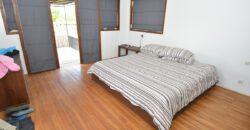 3-bedroom Villa Warna in Pererenan