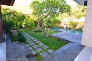Long term rental villa charleigh, yearly rental villa