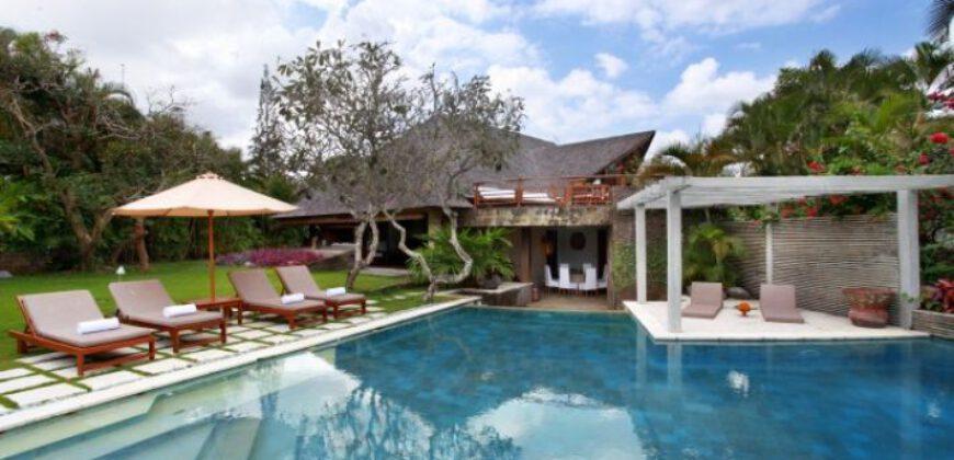 Villa Dalary in Kerobokan – AY806