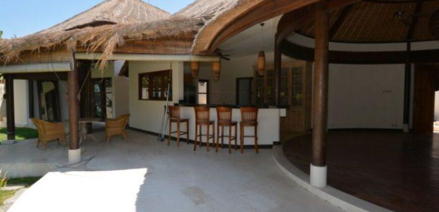 Villa Kamiyah in Canggu – AY627