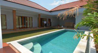 Villa Keilani in Berawa – AY676