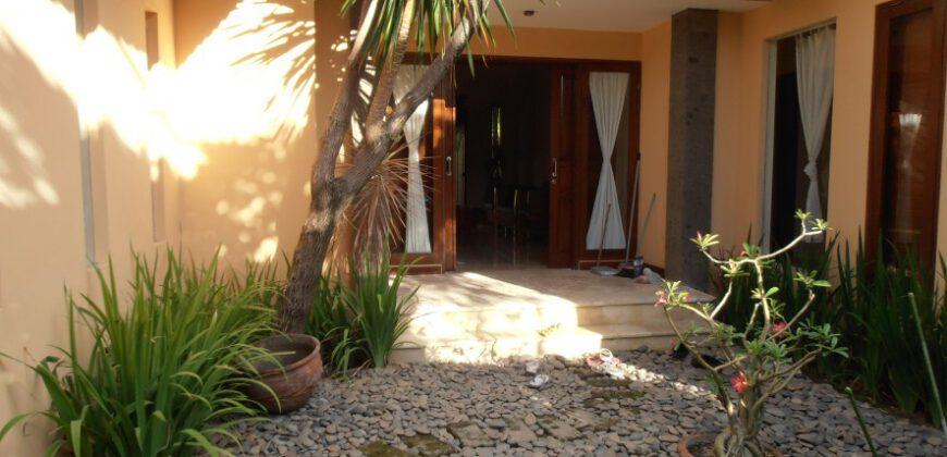 Villa Henley in Sanur – YA126