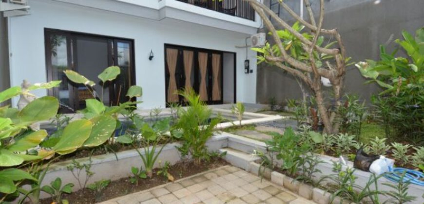 Villa Karsyn in Sanur – AY642