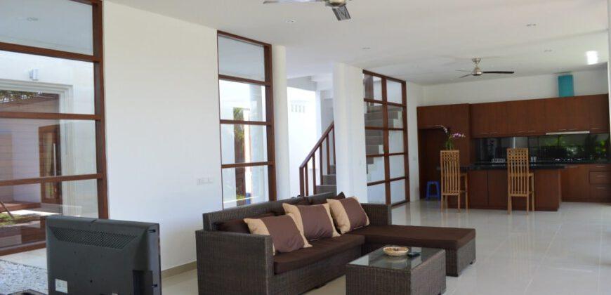 Villa Bee Balm in Umalas – AR034