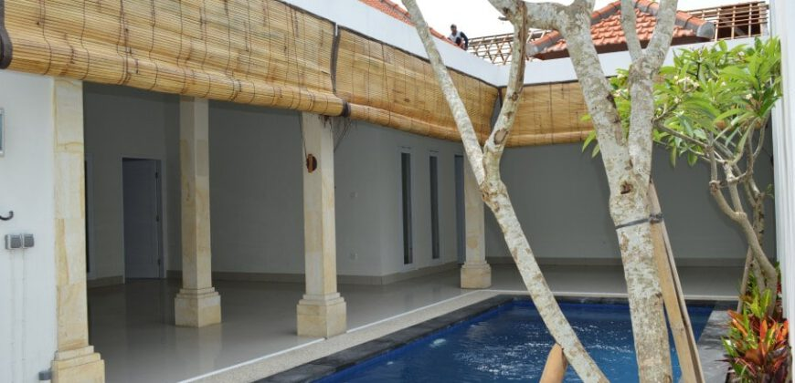 Villa Anemone in Seminyak – AR022
