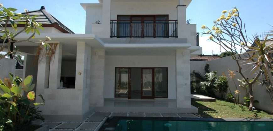 Villa Apaganthus in Seminyak – AR004