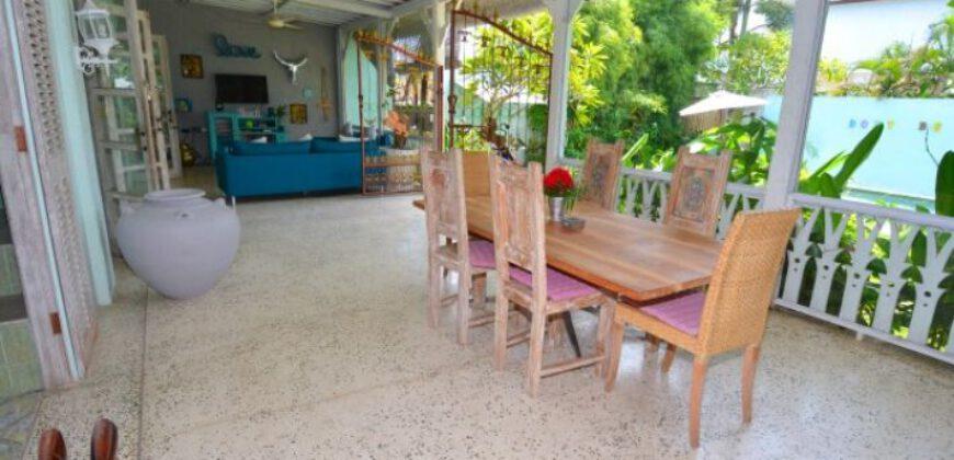Villa Kelsey in Umalas – AY681