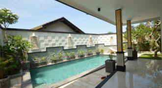 Villa Batam in Canggu – AR706