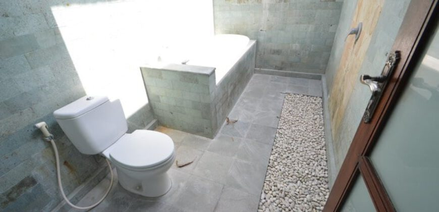 Villa Saoirse in Petitenget – AR568