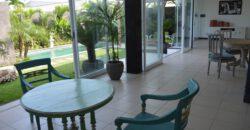 Villa Crown Imperial in Umalas – AR122