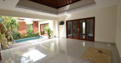 Villa Mira in Berawa – AR492