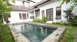 Villa Melody in Petitenget – AR485