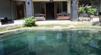 Villa Deutzia in Kerobokan – AR136