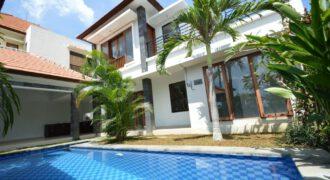 Villa Adaline in Canggu – AR353