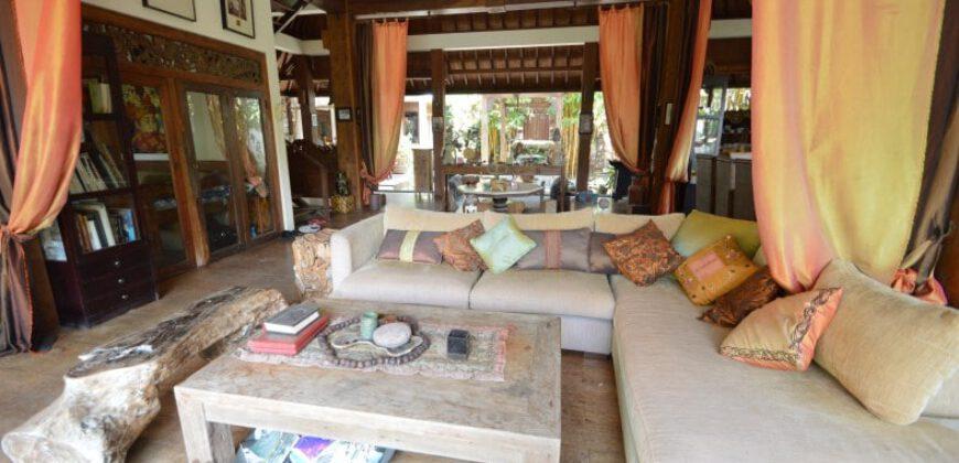 Villa Amira in Kerobokan – AR389