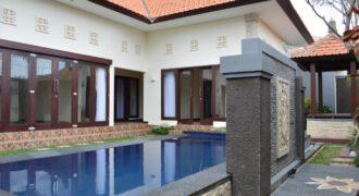 Villa Lewesia in Seminyak – AR233