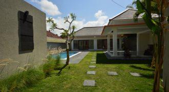 Villa Cora Bells in Kerobokan – AR684