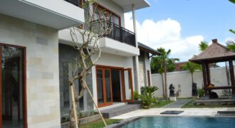 Villa Mandevilla in Kerobokan – AR251