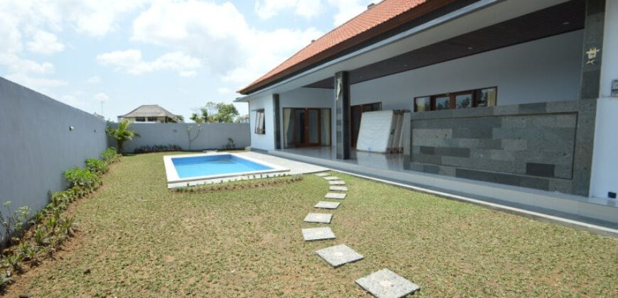 Villa Kenia in Canggu – AR397