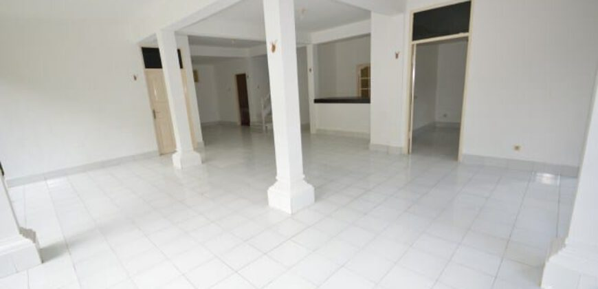 Villa Leighton in Seminyak – AR422