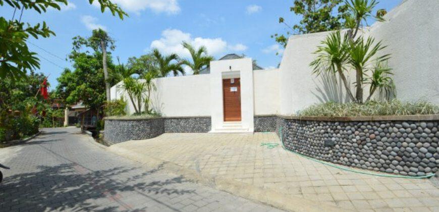 Villa Leona in Kerobokan – AR425