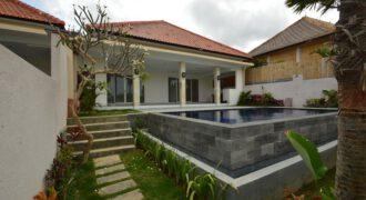 Villa Bandung in Berawa – AR694