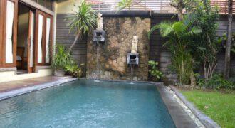 Villa Adams in Kerobokan – AR120