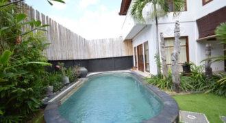 Villa Lovington in Petitenget – AR558