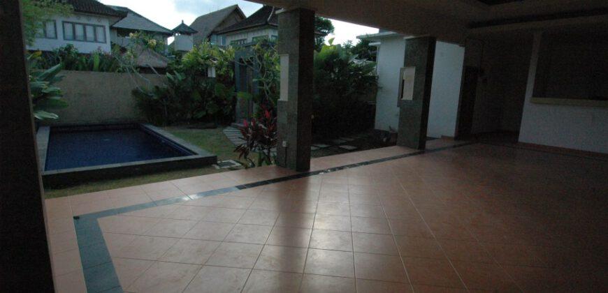 Villa Chandler in Batu Belig – AY215
