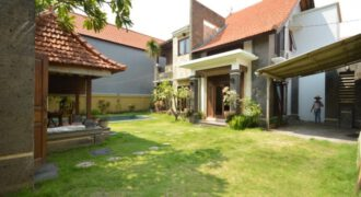Villa Bunburry in Seminyak – AR741