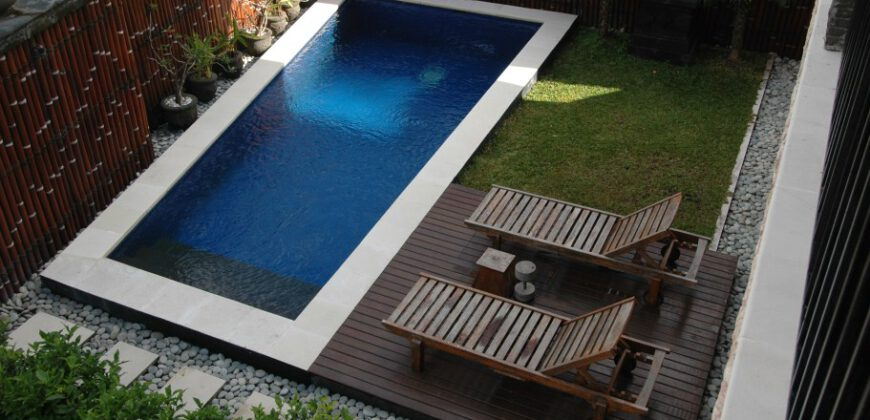 Villa Oahu in Petitenget – AY147
