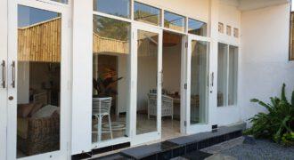 Villa McMinnville in Berawa – AY1226