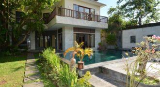 Villa Nadia in Ungasan – AY976