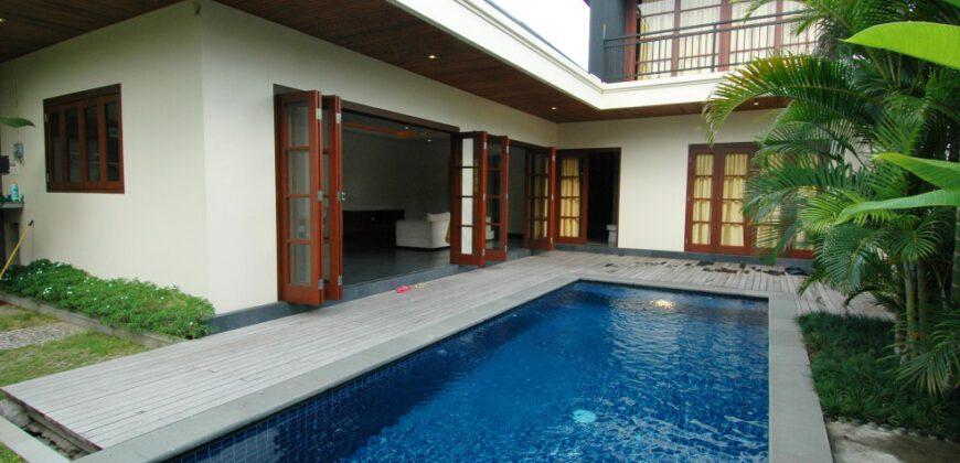 Villa Winslow in Kerobokan – AY339
