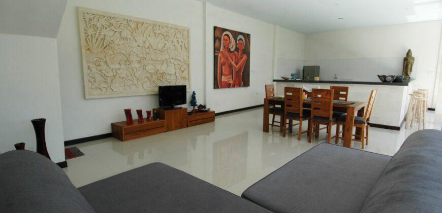 Villa Berkeley in Seminyak – AY360