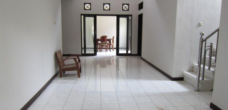 Villa Bartow in Kerobokan – AY58A
