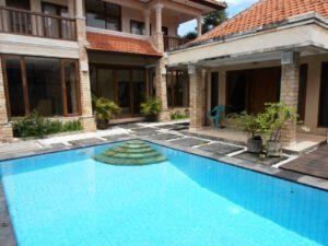 long term rental villa ndari in sanur, yearly rental villa