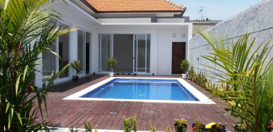 Villa Alienor in Petitenget – YA218