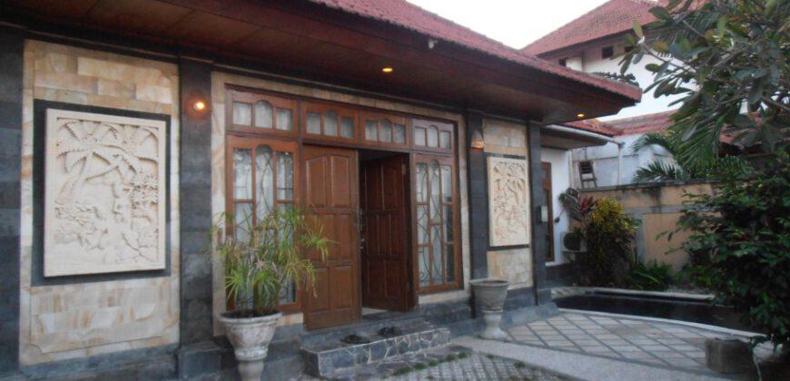 Villa Delphine in Umalas – YA291