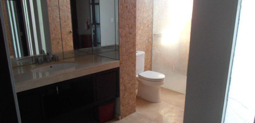 Villa Esmee in Berawa – YA324