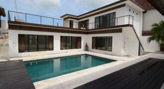 Villa Davis in Kerobokan – AY437