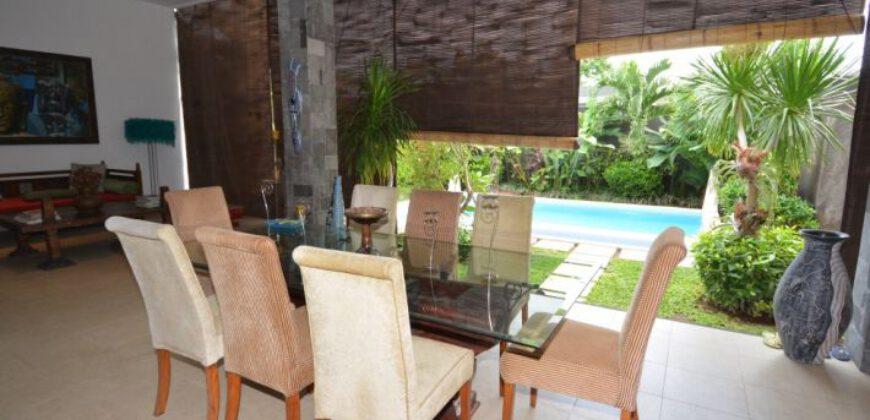 Villa Fairfield in Umalas – AY450