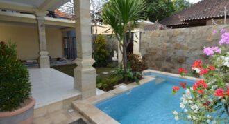 Villa Francisco in Sanur – AY458