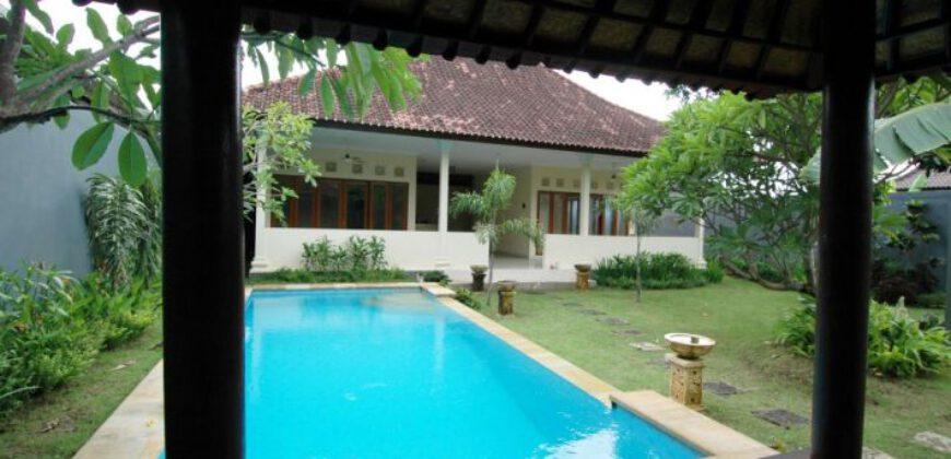 Villa Calexico in Seminyak – AY376
